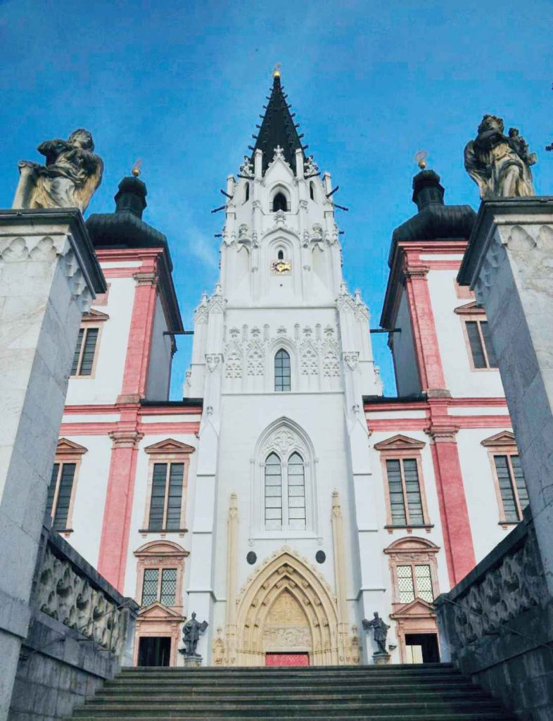 Basilica de la Natividad de la Virgen en Mariazell Austria