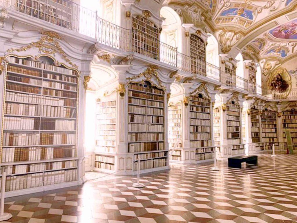 Biblioteca Benedictina del Monasterio de Admont en Estiria Austria